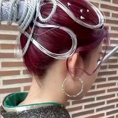 卒業式 ダブルカラー ガーリー チェリーレッド ヘアスタイルや髪型の写真・画像