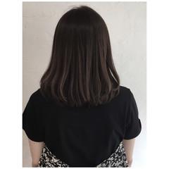 ナチュラル くすみカラー グレージュ ベージュ ヘアスタイルや髪型の写真・画像
