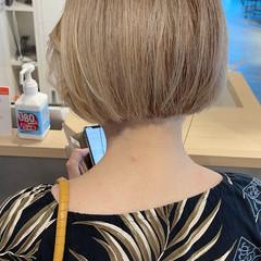 ボブ ハイトーンボブ ショートヘア 切りっぱなしボブ ヘアスタイルや髪型の写真・画像