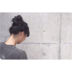 アウトドア ヘアアレンジ ルーズ ストリート ヘアスタイルや髪型の写真・画像