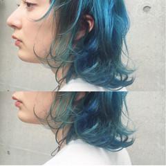 ダブルカラー グラデーションカラー ブリーチ ストリート ヘアスタイルや髪型の写真・画像