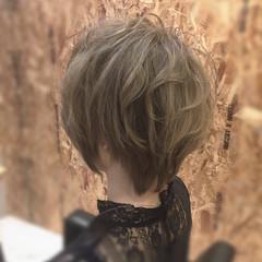 グレージュ モード 外国人風カラー ショート ヘアスタイルや髪型の写真・画像