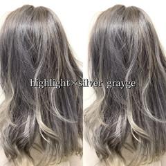 グレー ヘアカラー ストリート グレージュ ヘアスタイルや髪型の写真・画像
