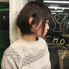 イルミナカラー ショートボブ ショート ウェットヘア ヘアスタイルや髪型の写真・画像