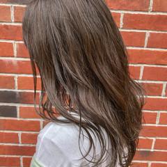 セミロング ハイライト 簡単ヘアアレンジ イルミナカラー ヘアスタイルや髪型の写真・画像