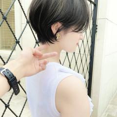 マッシュショート ショートヘア ナチュラル 耳掛けショート ヘアスタイルや髪型の写真・画像
