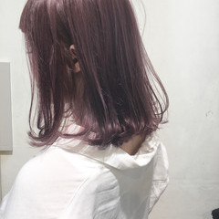 ミディアム ボブ フェミニン ピンク ヘアスタイルや髪型の写真・画像