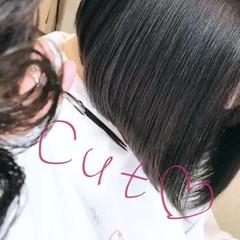 ボブ アッシュ アッシュグレージュ 前髪パッツン ヘアスタイルや髪型の写真・画像