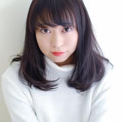 ミディアム コンサバ 流し前髪 ヘアスタイルや髪型の写真・画像