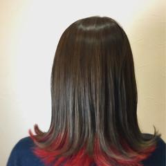セミロング ガーリー ダブルカラー インナーカラー ヘアスタイルや髪型の写真・画像