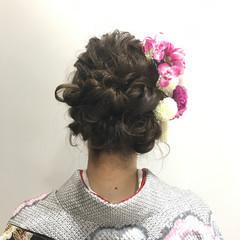 フェミニン ヘアアレンジ ロング 成人式 ヘアスタイルや髪型の写真・画像