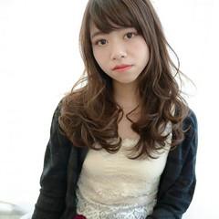 前髪あり 大人かわいい ロング 小顔 ヘアスタイルや髪型の写真・画像
