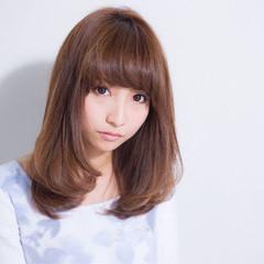 ミディアム ワンカール 艶髪 ストレート ヘアスタイルや髪型の写真・画像