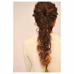結婚式 ヘアアレンジ コンサバ グラデーションカラー ヘアスタイルや髪型の写真・画像