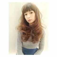ウェットヘア ロング 外国人風カラー コンサバ ヘアスタイルや髪型の写真・画像