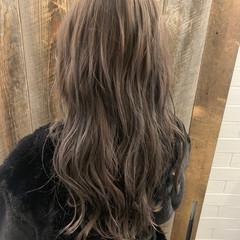 ミルクティーグレージュ エレガント 大人かわいい ロング ヘアスタイルや髪型の写真・画像