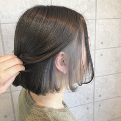 シルバーアッシュ インナーカラーシルバー インナーカラー シルバーグレー ヘアスタイルや髪型の写真・画像