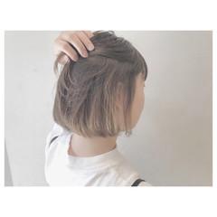 リラックス デート ウェーブ ボブ ヘアスタイルや髪型の写真・画像