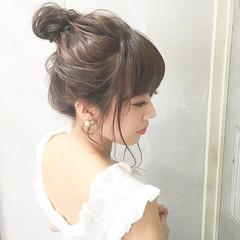 ヘアアレンジ セミロング お団子 女子会 ヘアスタイルや髪型の写真・画像