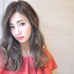 外国人風カラー エレガント 透明感 グラデーションカラー ヘアスタイルや髪型の写真・画像