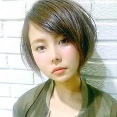 前髪あり 外国人風 ピュア アッシュ ヘアスタイルや髪型の写真・画像