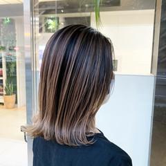 バレイヤージュ ストリート 大人ハイライト グラデーションカラー ヘアスタイルや髪型の写真・画像