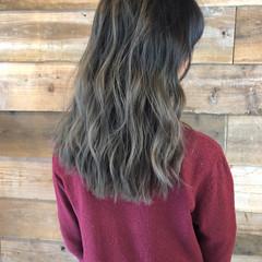 ブリーチカラー エアータッチ ハイライト ロング ヘアスタイルや髪型の写真・画像
