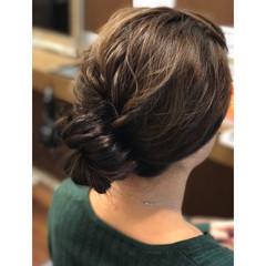 パーマ セミロング ゆるふわ シニヨン ヘアスタイルや髪型の写真・画像