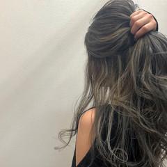 ロング デート ゆるふわセット ハイライト ヘアスタイルや髪型の写真・画像