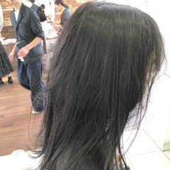 オフィス スポーツ セミロング ウェーブ ヘアスタイルや髪型の写真・画像