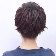暗髪 ウェットヘア レッド ストリート ヘアスタイルや髪型の写真・画像