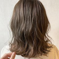 ナチュラル ナチュラルベージュ ミディアム モテ髪 ヘアスタイルや髪型の写真・画像