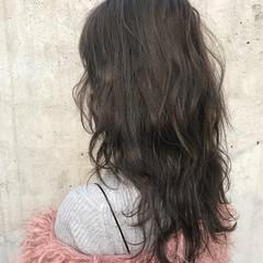 ストリート ミディアム 小顔 レイヤーカット ヘアスタイルや髪型の写真・画像