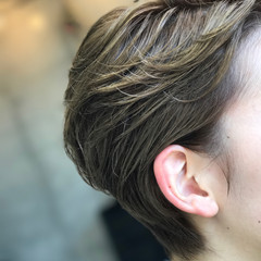 ショート イルミナカラー ナチュラル リラックス ヘアスタイルや髪型の写真・画像
