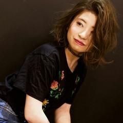 ボブ ウェーブ リラックス フェミニン ヘアスタイルや髪型の写真・画像