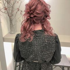 ツインテール ヘアアレンジ ピンク ピンクベージュ ヘアスタイルや髪型の写真・画像