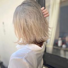 ハイトーンカラー ハイトーン ミディアム ショートヘア ヘアスタイルや髪型の写真・画像