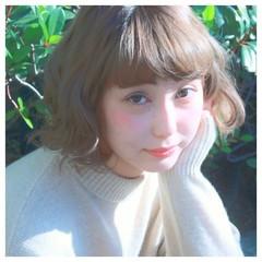 アッシュ パーマ ナチュラル ボブ ヘアスタイルや髪型の写真・画像