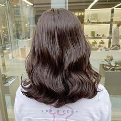 ミディアム 春ヘア 透明感カラー フェミニン ヘアスタイルや髪型の写真・画像