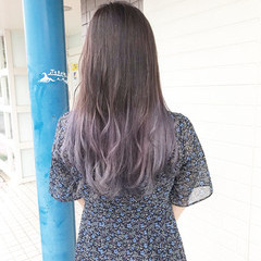 ブリーチオンカラー ナチュラル レイヤーロングヘア ブリーチ ヘアスタイルや髪型の写真・画像