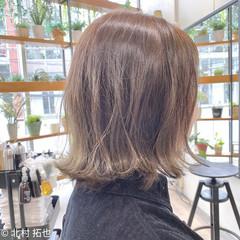 切りっぱなしボブ 透明感カラー 極細ハイライト レイヤーボブ ヘアスタイルや髪型の写真・画像