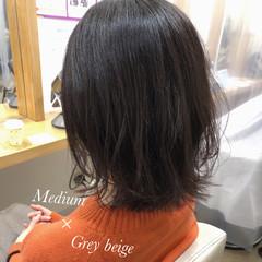 外ハネボブ ナチュラル 透明感カラー 切りっぱなしボブ ヘアスタイルや髪型の写真・画像
