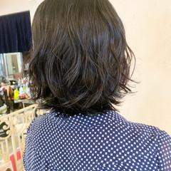 コテ巻き風パーマ 外ハネボブ  ボブ ヘアスタイルや髪型の写真・画像