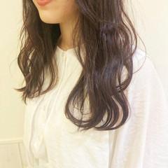 暗髪 セミロング ナチュラル チェリー ヘアスタイルや髪型の写真・画像