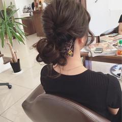 簡単ヘアアレンジ オフィス ナチュラル セミロング ヘアスタイルや髪型の写真・画像