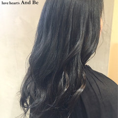 ナチュラル アッシュ ロング 暗髪 ヘアスタイルや髪型の写真・画像