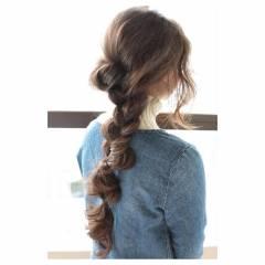 ヘアアレンジ 三つ編み ナチュラル 秋 ヘアスタイルや髪型の写真・画像