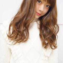 フェミニン 前髪あり 簡単 パーマ ヘアスタイルや髪型の写真・画像