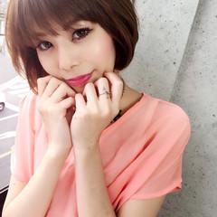 小顔 レイヤーカット ショート ナチュラル ヘアスタイルや髪型の写真・画像