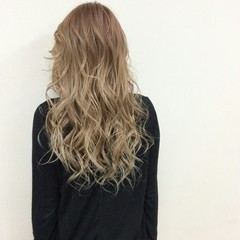 ストリート ロング グラデーションカラー ハイライト ヘアスタイルや髪型の写真・画像